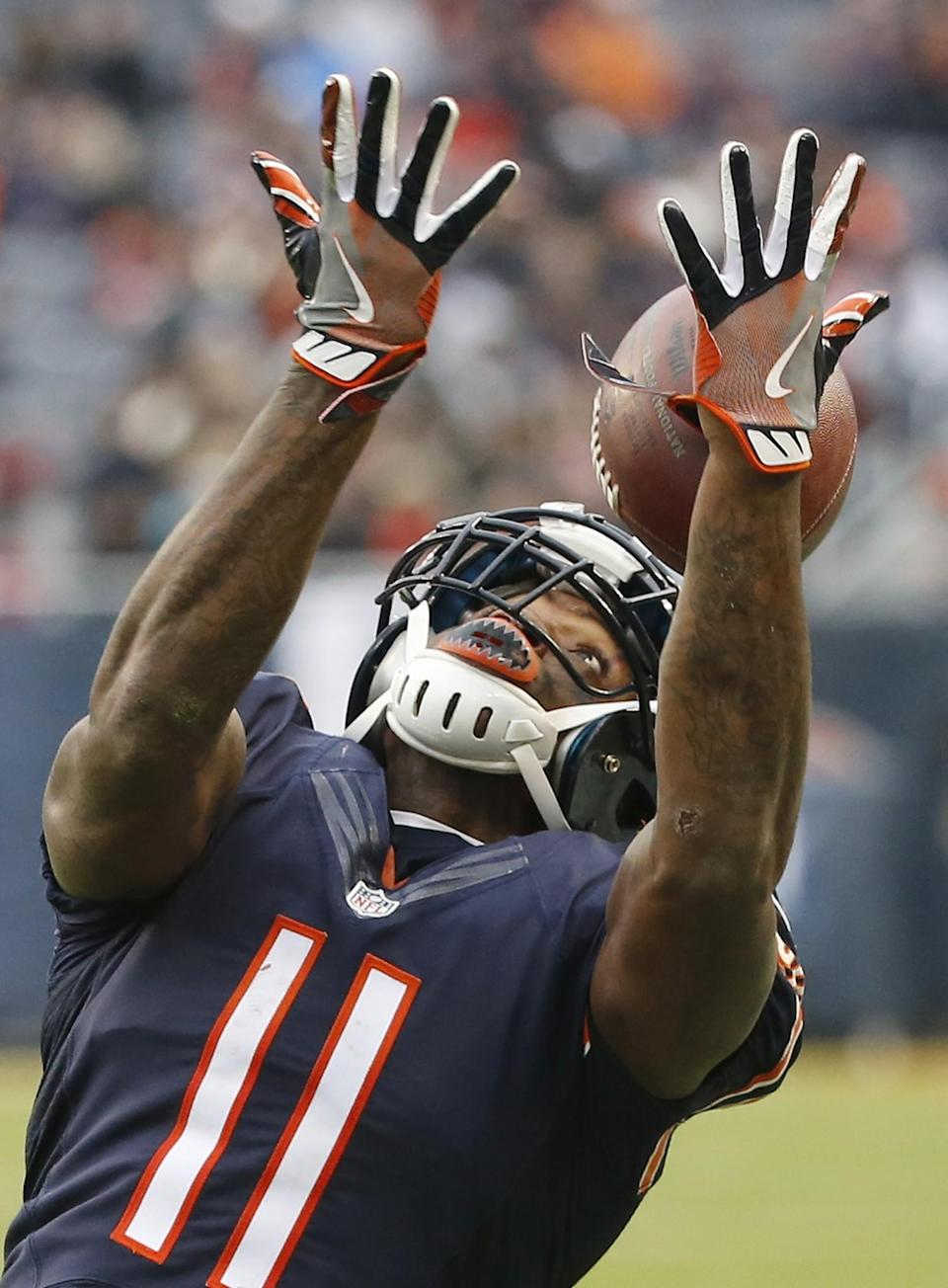 <p>Chicago Bears wide receiver Josh Bellamy (11) misses a catch during the second half of an NFL football game against the Tennessee Titans, Sunday, Nov. 27, 2016, in Chicago. (AP Photo/Charles Rex Arbogast) </p>