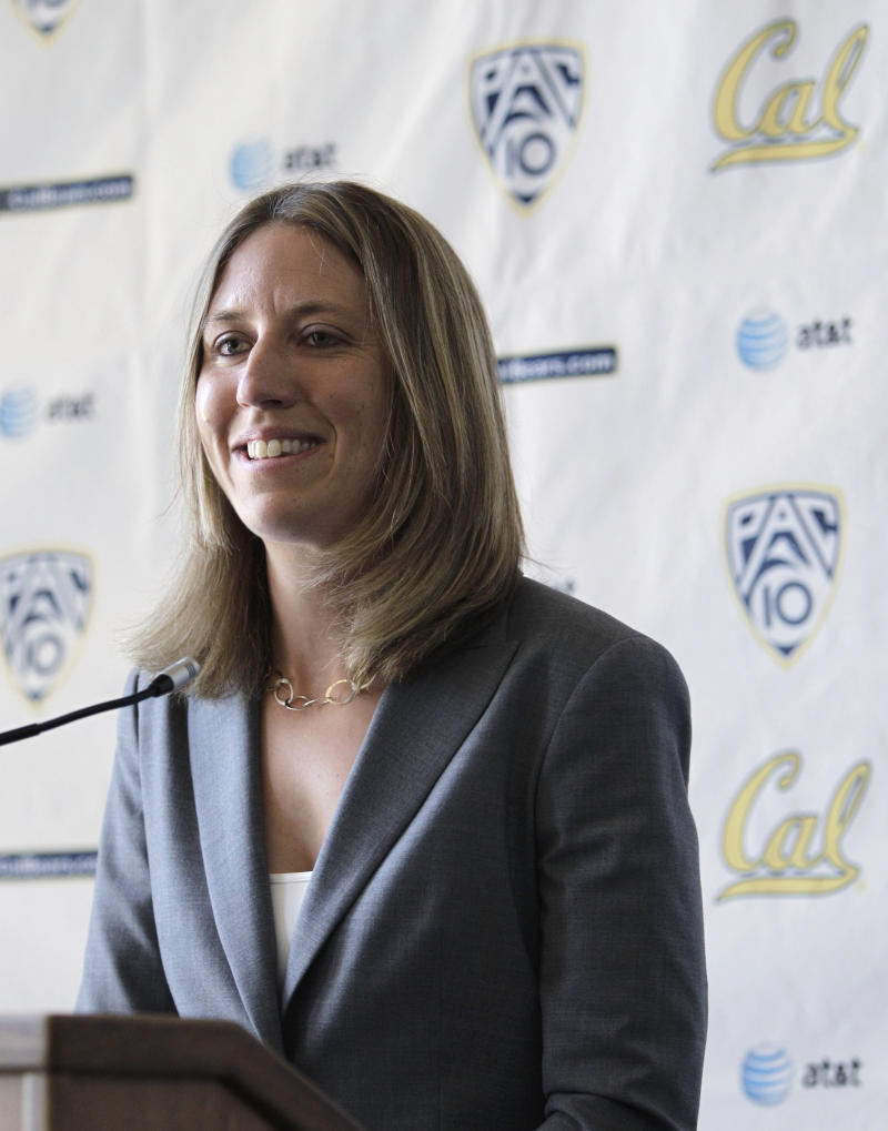 California's newly named women's basketball coach, Lindsay Gottlieb, smiles during a newsconference Tuesday, April 26, 2011, in Berkeley, Calif. (AP Photo/Ben Margot)