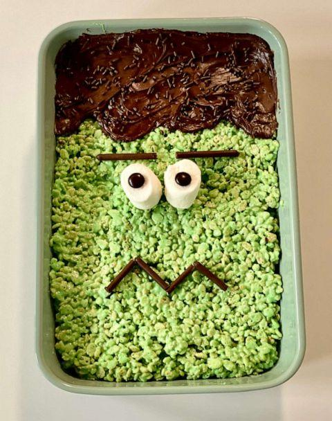PHOTO: I made Pinterest's top trending Halloween recipes, which included Frankenstein Rice Krispies. ( )
