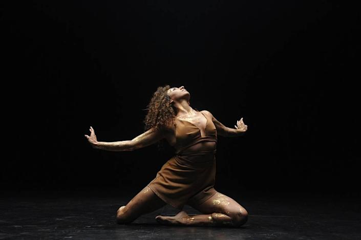 Barbara Meulener's solo in 'Birds of Paradise' is about a sense of becoming, beginnings and liberation, according to choreographer Pioneer Winter.