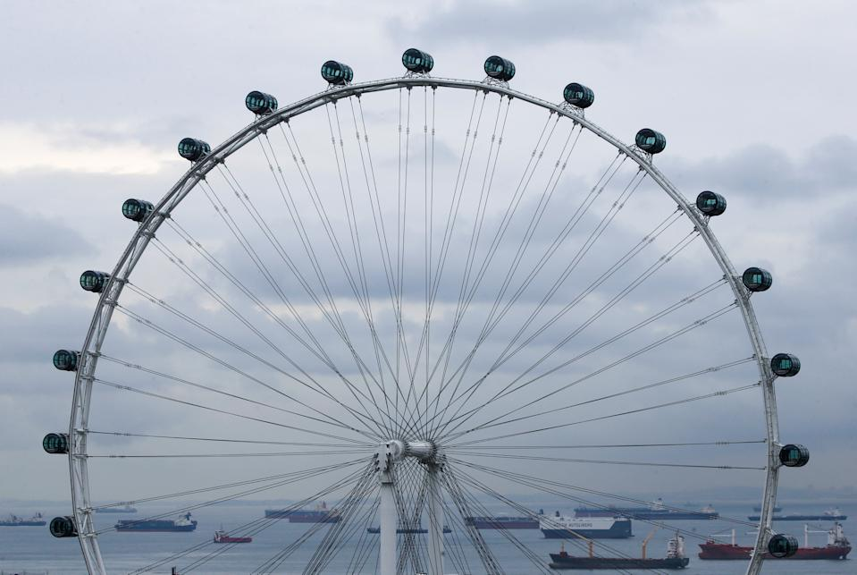 61 passengers on Singapore Flyer brought to safety following 'technical issue'