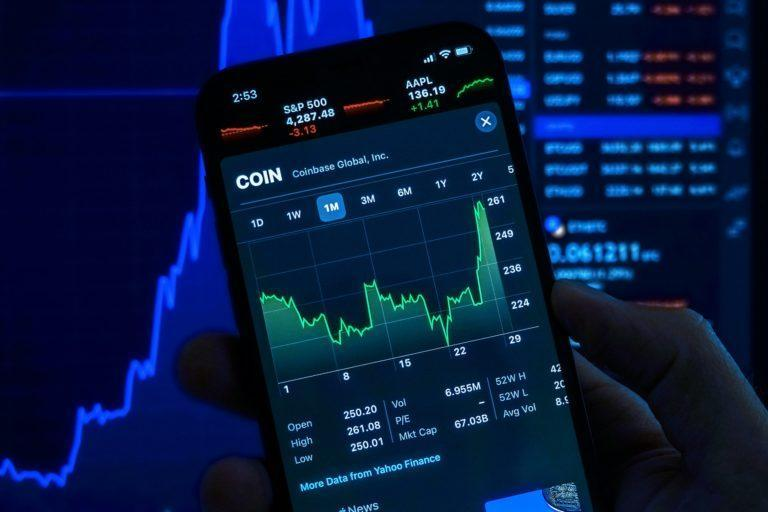10 Stocks Better than Coinbase (COIN) According to Hedge Funds