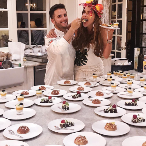 "<p>OK, can we talk about Vergara's headwear?! Also, that dessert spread! ""So amazing to have being able to serve my friends Colombian food in LA! Gracias cheff @juanmaelcielo lo maximo!!!!!"" Vergara exclaimed. (Photo: <a href=""https://www.instagram.com/p/BUsJvmJFPUN/"" rel=""nofollow noopener"" target=""_blank"" data-ylk=""slk:Sofia Vergara via Instagram"" class=""link rapid-noclick-resp"">Sofia Vergara via Instagram</a>) </p>"