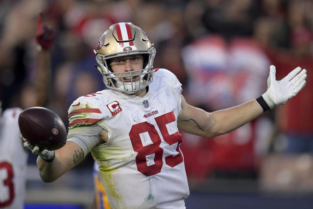 49ers quarterback Jimmy Garoppolo sees a lot of Rob Gronkowski in his tight end George Kittle. (AP/Mark J. Terrill)