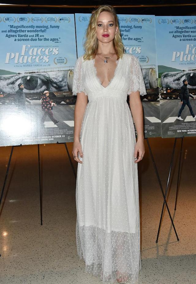 Jennifer Lawrence turned to bridalwear for the premiere of <em>Faces Places</em>. (Getty)