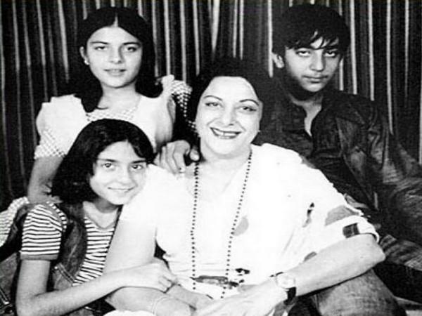 Childhood picture of Sanjay Dutt with late mother Nargis and his two sisters (Image source: Instagram)