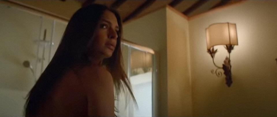 """<p>As Cassie (played by Emily Ratajkowski) and her boyfriend, Bryan (Aaron Paul), attempt to mend their relationship in the Italian countryside, there is an unexpected neighbor who secretly watches the two inside their rental home.</p> <p>Watch <a href=""""https://www.netflix.com/title/80198677"""" class=""""link rapid-noclick-resp"""" rel=""""nofollow noopener"""" target=""""_blank"""" data-ylk=""""slk:Welcome Home""""><strong>Welcome Home</strong></a> on Netflix now.</p>"""