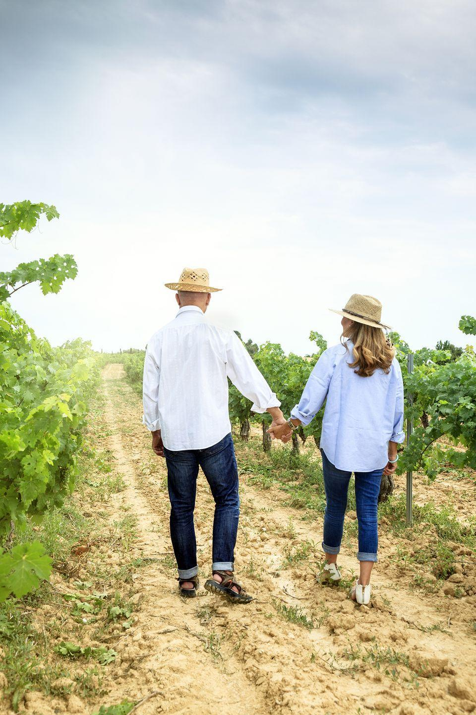 <p>Enjoy a wine tasting, then picnic among the rows of grapes, and finish the day with a romantic walk around the property.</p>