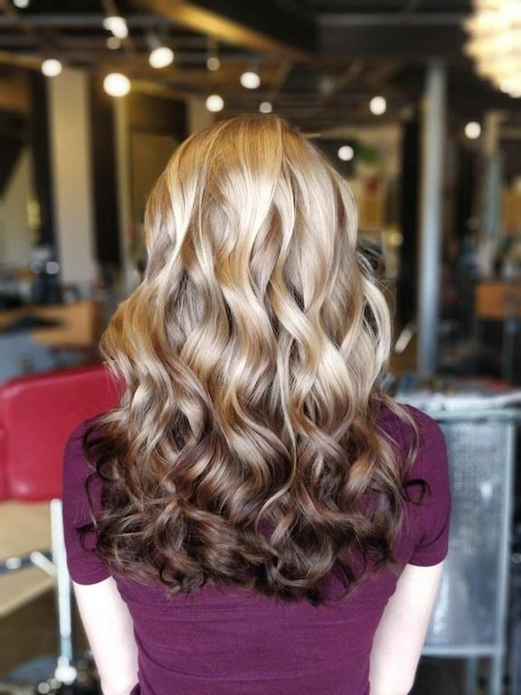 The Reverse Brunette Balayage Technique Is the New Hair ...