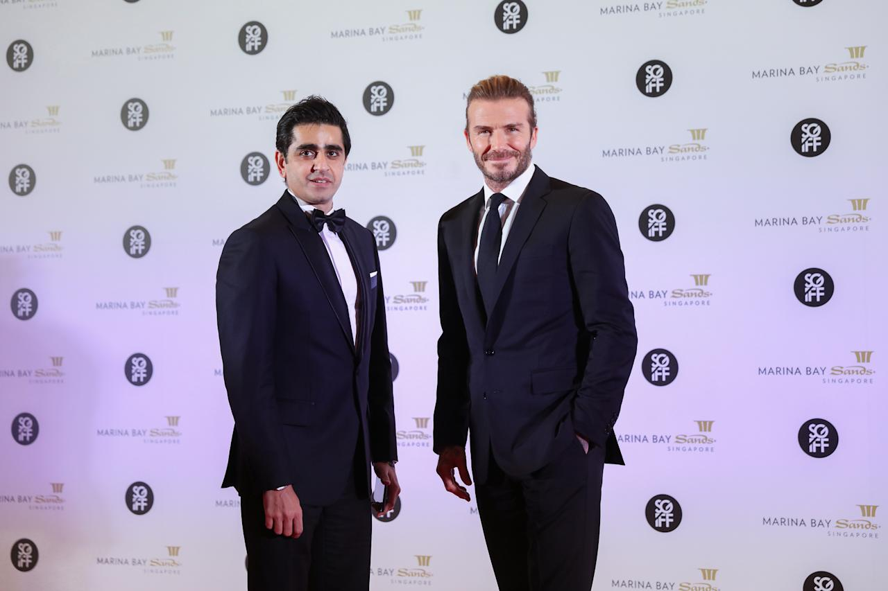 <p>(Left-Right) Marina Bay Sands Senior Vice President Maunik Thacker and David Beckham, Sands Global Ambassador on the red carpet during their attendance at the 28th SGIFF Benefit Dinner at the Marina Bay Sands Expo & Convention Centre. (Photo: Don Wong for Yahoo Lifestyle Singapore) </p>