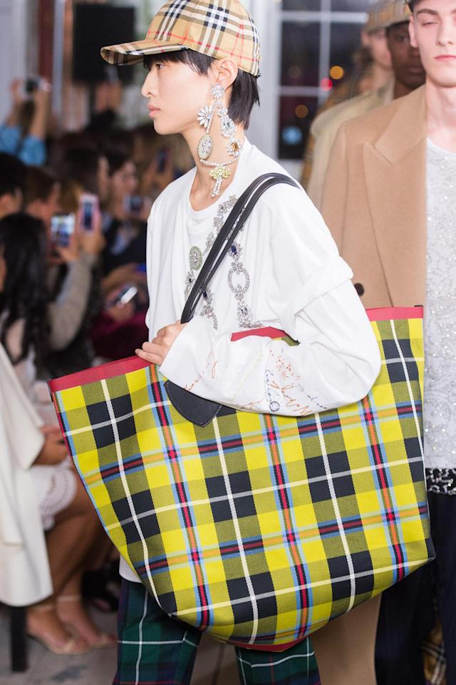 <p><i>Oversized tartan tote bag from the September 2017 Burberry collection. (Photo: ImaxTree) </i></p>