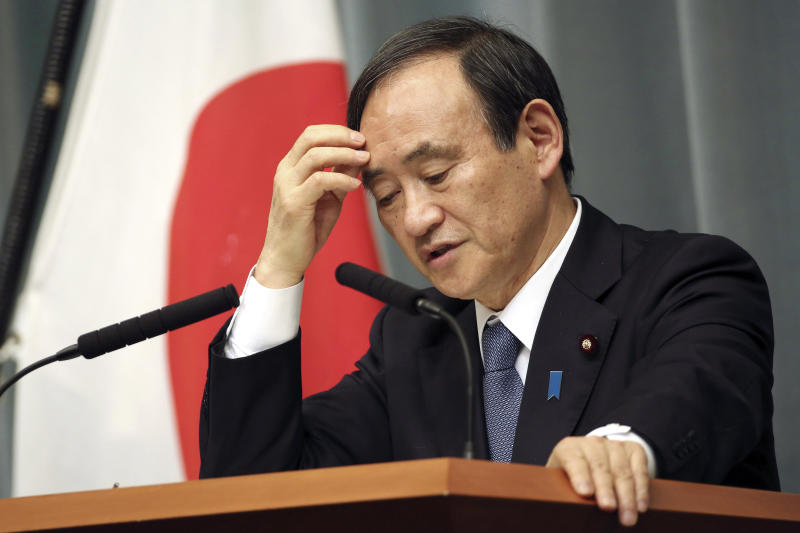Abe's assistant and spokesman seen as favorite successor