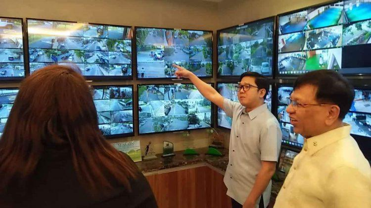 Quezon City Mayor Herbert Bautista flood-free lane