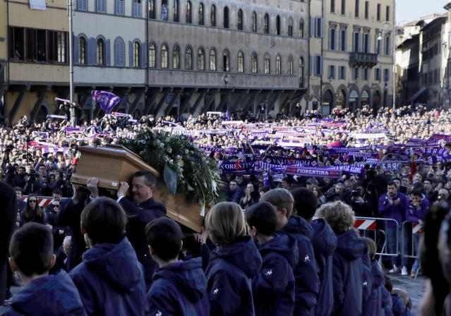 <p>The coffin is carried into the church during the funeral ceremony of Italian player Davide Astori in Florence, Italy, Thursday, March 8, 2018. The 31-year-old Astori was found dead in his hotel room on Sunday after a suspected cardiac arrest before his team was set to play an Italian league match at Udinese. (AP Photo/Alessandra Tarantino) </p>