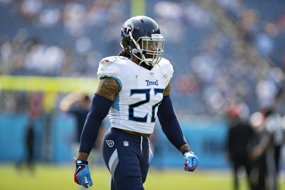 NASHVILLE, TENNESSEE - SEPTEMBER 12: Derrick Henry #22 of the Tennessee Titans warms up prior to the game against the Arizona Cardinals at Nissan Stadium on September 12, 2021 in Nashville, Tennessee. The Cardinals defeated the Titans 38-13.  (Photo by Wesley Hitt/Getty Images)
