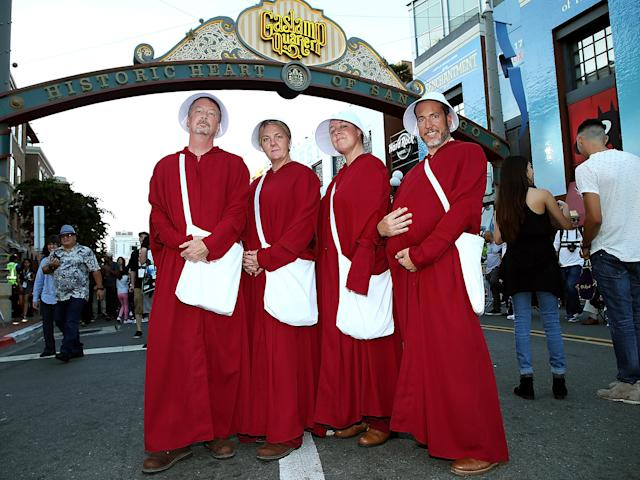 <p>Cosplayers dressed as Handmaids at Comic-Con International on July 20, 2018, in San Diego. (Photo: Phillip Faraone/Getty Images) </p>
