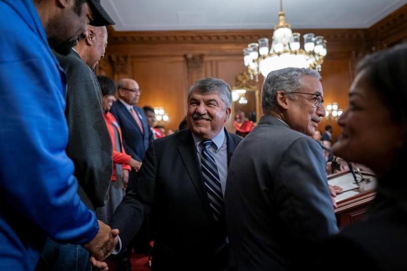 House passes bill easing bids by workers to form unions