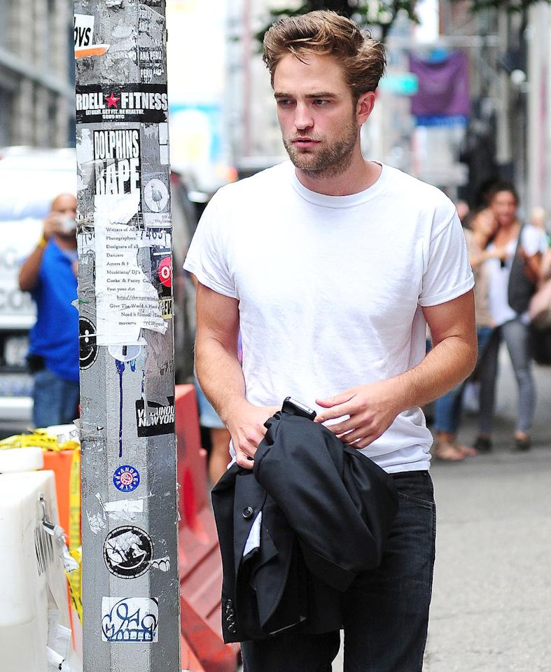 "Robert Pattinson ""has a huge drinking problem,"" and it's become so ""out-of-control,"" his friends and family feel ""he needs to go to rehab,"" reveals Hollyscoop. The site notes he's been boozing for years, but it's ""gotten worse since his break-up with Kristen Stewart."" For how and when his loved ones will intervene, see what a Pattinson pal spills to Gossip Cop."