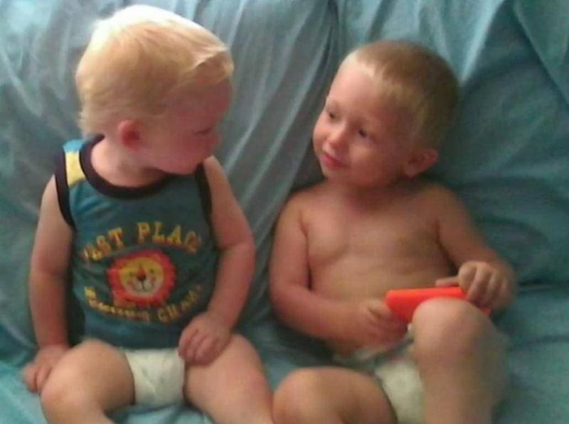 Jeremy, 3, and Blake, 4, were pulled to safety by their father (Nine News)