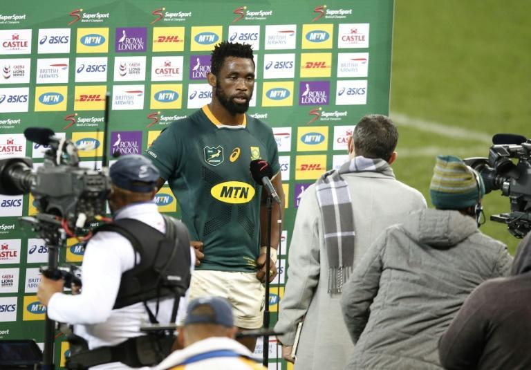 Fired up - Matt Dawson expects a South Africa side led by captain Siya Kolisi (C) to come out all guns blazing in a bid to level their series with the British and Irish Lions in the second Test at Cape Town on Saturday blindside flanker and captain Siya Kolisi(C) is interviewed by media representatives after defeat in the first rugby union Test match between South Africa and the British and Irish Lions at The Cape Town Stadium in Cape Town on July 24, 2021.