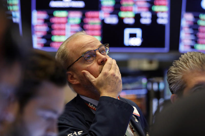 Market craters for 7th-straight day to close out worst week since 2008