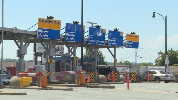 Tolls will rise in the new year to drive across the bridges over Halifax harbour. (Carolyn Ray/CBC - image credit)