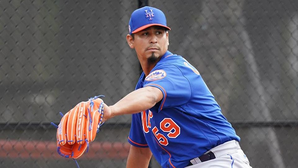 Carlos Carrasco pitching during 2021 Mets spring training.
