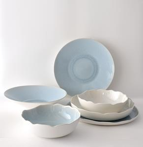 Jars dinnerware is made by artisans in Southern France. Today more than fifty percent of French Michelin two and three star restaurants use Jars for their dinnerware service.