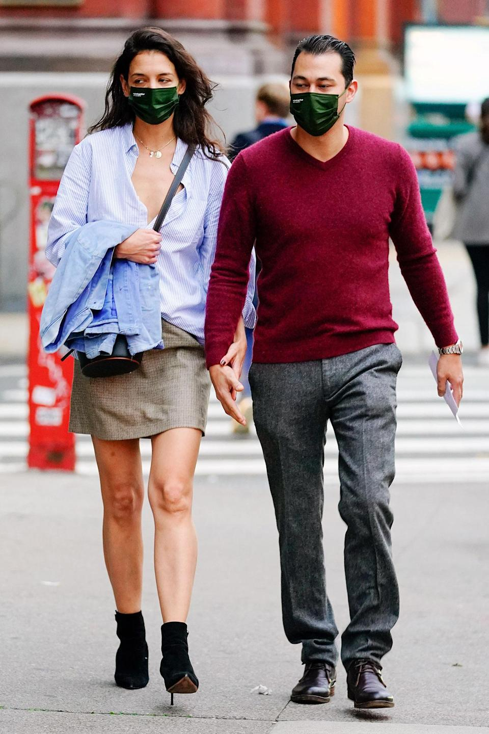 <p>Katie Holmes and Emilio Vitolo Jr. held hands during a date night in New York City.</p>