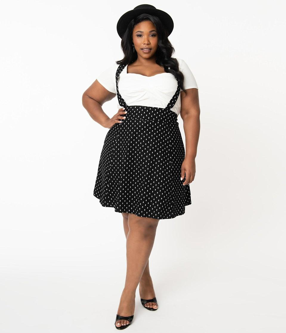 <p>How dashing is the <span>Unique Vintage Plus Size 1960s Black Crossbones Print Suspender Ruth Flare Skirt</span> ($58)?</p>