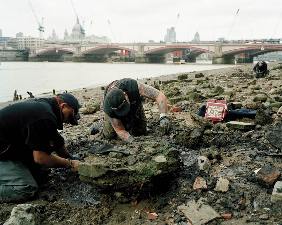 "Mudlarking 10/01/2015, 10am Southbank 2 varies 51°30'31.4""N 0°06'26.3""W mostly cloudy© Chloe Dewe Mathews 2021, courtesy Loose Joints"