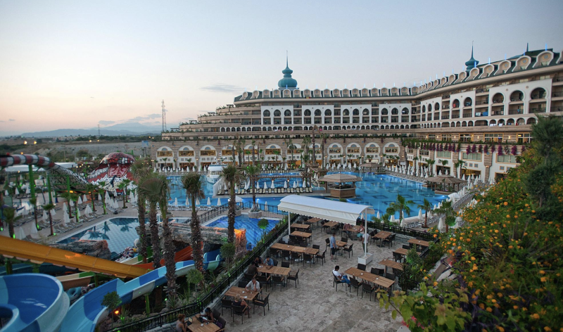 The family stayed at the Crystal Sunset Luxury Resort and Spa in Antalya, Turkey. The whole suffered gastric problems during their stay. Source: Trip Advisor.