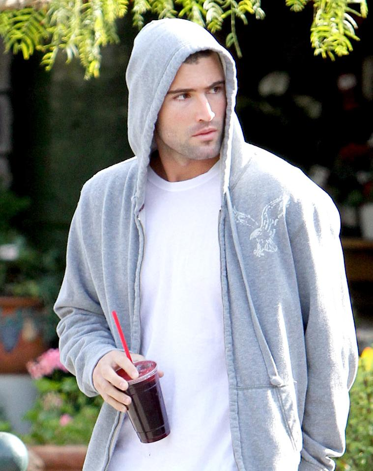 """Meanwhile, Lauren Conrad's sexy ex Brody Jenner looked like a boxer about to step into the ring in this simple gray hood. Watch out world, he is the son of Olympic champ (and stepdad to the Kardashian clan) Bruce Jenner! KMM/<a href=""""http://www.x17online.com"""" target=""""new"""">X17 Online</a> - December 10, 2009"""