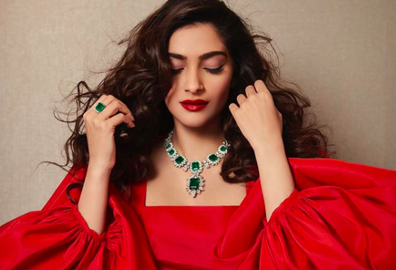 "Sonam Kapoor has signed with United Talent Agency (UTA), one of America's topmost talent agencies. 31-year-old Sonam, who has often spoken about her wish to act in Hollywood, tweeted about the new partnership. ""Super duper chuffed to sign on with #unitedtalentagency! I know this is going to be an epic partnership!"" she wrote."