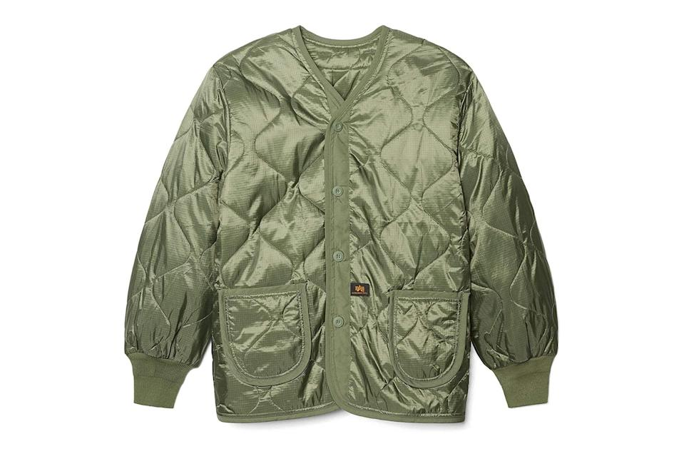 "$85, Amazon. <a href=""https://www.amazon.com/Als-Liner-Large-Olive-Green/dp/B002IAIXIQ?s=shopbop&ref_=sb_ts&th=1&psc=1"" rel=""nofollow noopener"" target=""_blank"" data-ylk=""slk:Get it now!"" class=""link rapid-noclick-resp"">Get it now!</a>"