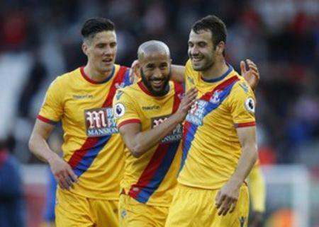 Britain Football Soccer - Liverpool v Crystal Palace - Premier League - Anfield - 23/4/17 Crystal Palace's Luka Milivojevic and Andros Townsend celebrate after the match Action Images via Reuters / Paul Childs Livepic
