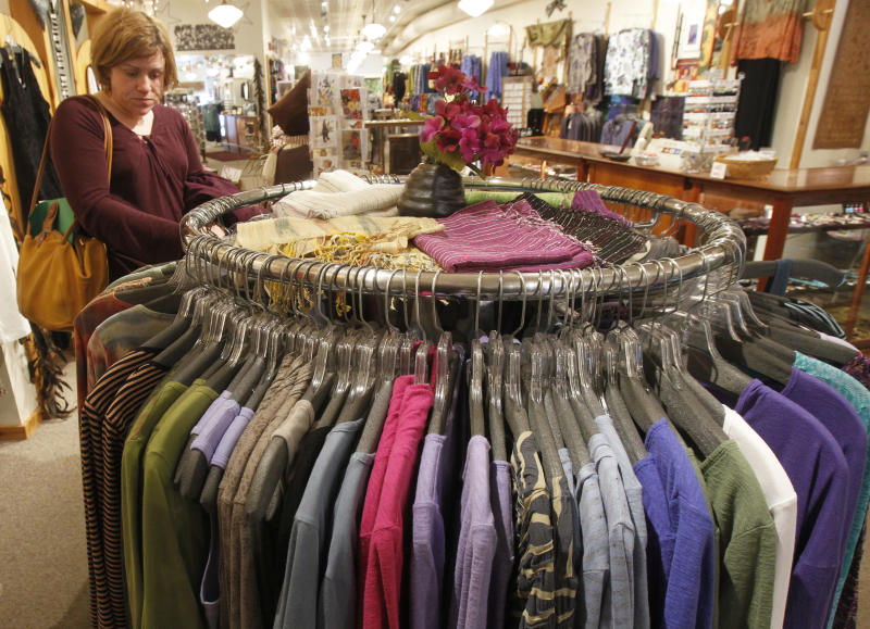 US consumer spending up 0.3 percent in May