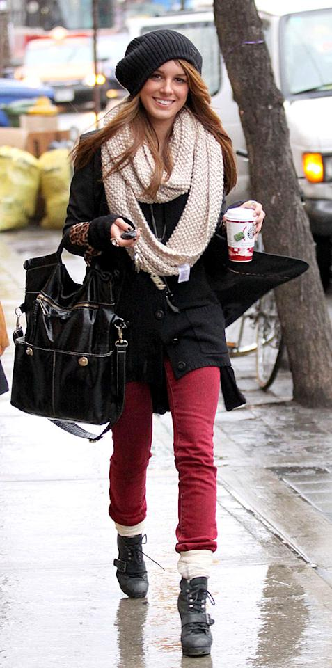 """Next time, Shenae Grimes should consider smaller accessories. Her hat, scarf, and bag are all big mistakes. Todd G./<a href=""""http://www.splashnewsonline.com"""" target=""""new"""">Splash News</a> - December 1, 2008"""