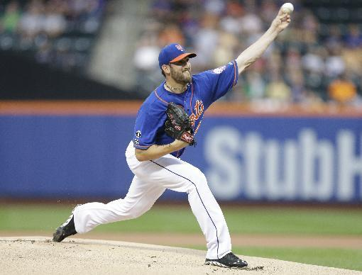 New York Mets' Jonathon Niese delivers a pitch during the first inning of a baseball game against the San Francisco Giants on Friday, Aug. 1, 2014, in New York. (AP Photo/Frank Franklin II)