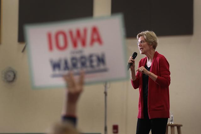 Elizabeth Warren at a campaign stop in Dubuque, Iowa, on Saturday. (Photo: Scott Olson/Getty Images)
