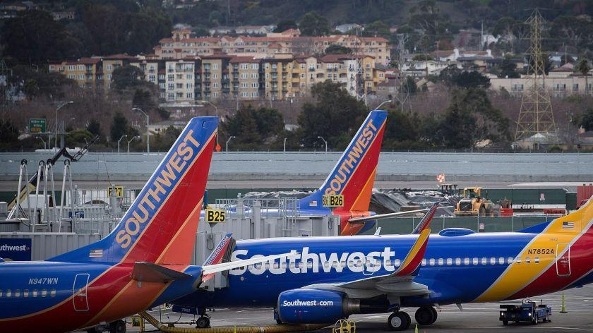 Southwest Airlines Co. planes stand on the tarmac at San Francisco International Airport in January.MUST CREDIT: Bloomberg photo by David Paul Morris. ** Usable by LA, BS, CT, DP, FL, HC, MC, OS, SD, CGT and CCT **