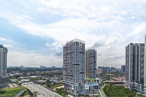 <p><img/></p>This mixed development project will feature 728 serviced apartments spread across two 36-storey blocks as well as 36 shop-offices housed in two floors.