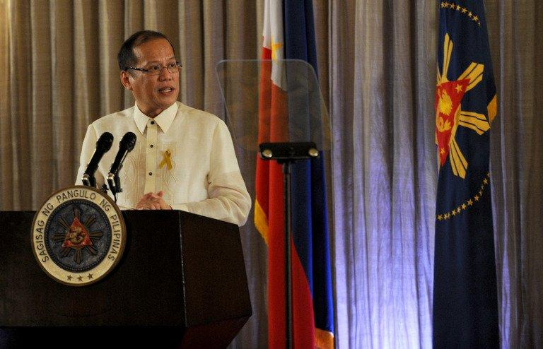 Philippine President Benigno Aquino gives an address at the Malacanang Palace in Manila on October 15, 2012