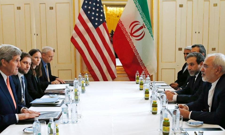 John Kerry and Javad Zarif in Vienna in 2016