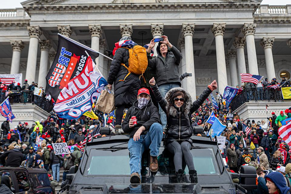 Pro-Trump supporters and far-right forcesflooded Washington DC to protest Trump's election loss. (Photo by Michael Nigro/Pacific Press/LightRocket via Getty Images)