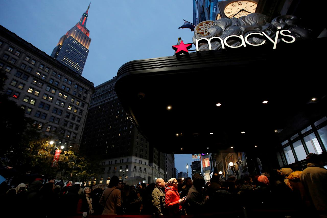 FILE PHOTO - People line up at the entrance of Macy's Herald Square ahead of early opening for Black Friday sales in Manhattan, New York, U.S., November 24, 2016.  REUTERS/Andrew Kelly/File Photo                  GLOBAL BUSINESS WEEK AHEAD   SEARCH GLOBAL BUSINESS 20 FEB FOR ALL IMAGES