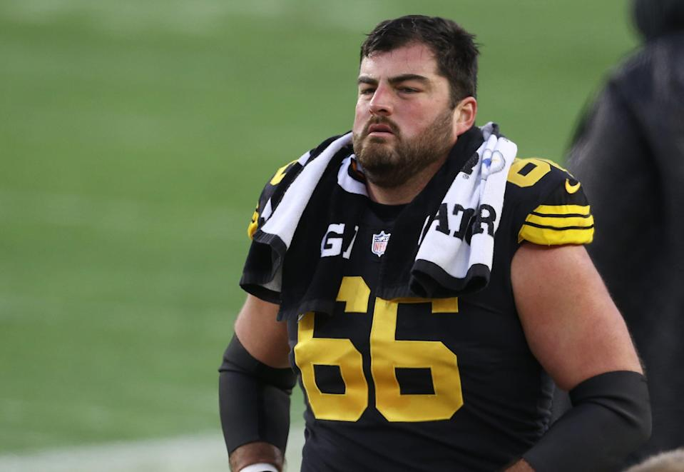 Pittsburgh Steelers offensive guard David DeCastro (66) looks on against the Baltimore Ravens during the second quarter at Heinz Field.