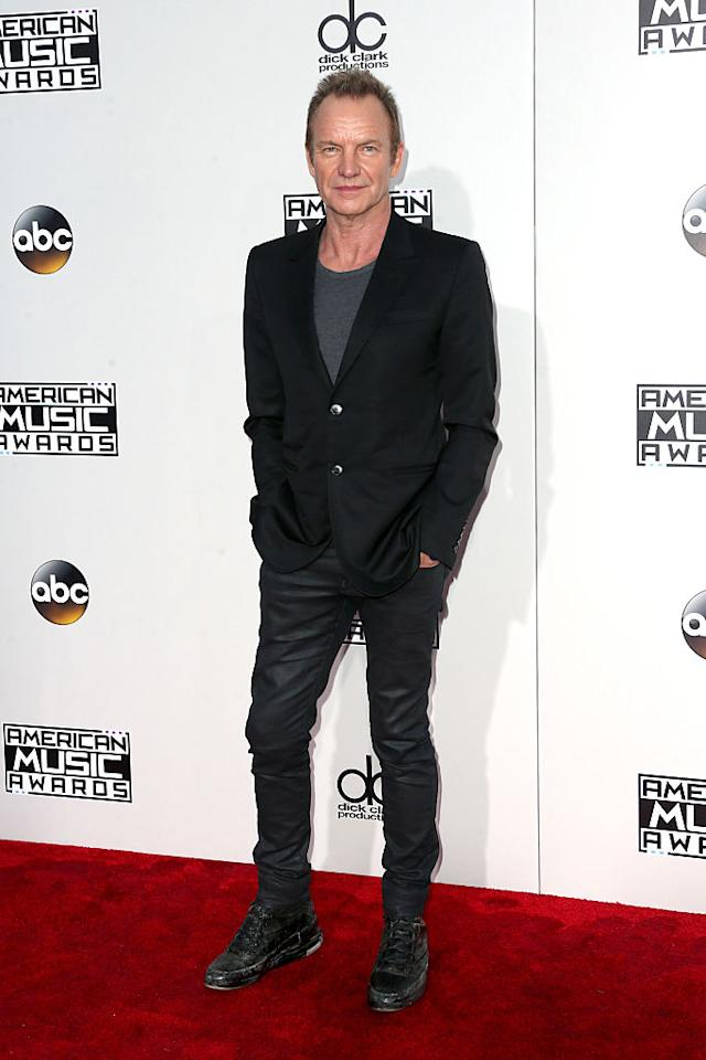 <p>Sting kept things casual, teaming a tee with his blazer. <em>(Photo: Getty Images)</em> </p>