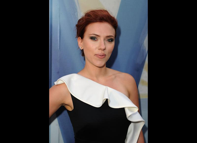 CULVER CITY, CA - JUNE 04: Actress Scarlett Johansson arrives at Spike TV's 5th annual 2011 'Guys Choice' Awards at Sony Pictures Studios on June 4, 2011 in Culver City, California. (Photo by Jason Merritt/Getty Images)