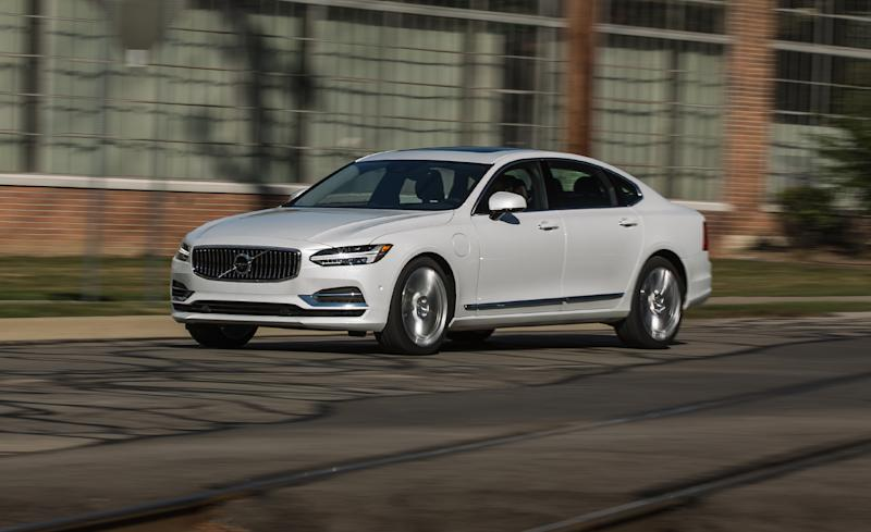 Volvo Has Recently Joined The Chorus Of Carmakers Proclaiming  Electrification To Be The Future. The Small Swedish Automakeru0027s Assertion  Is One Of The Most ...
